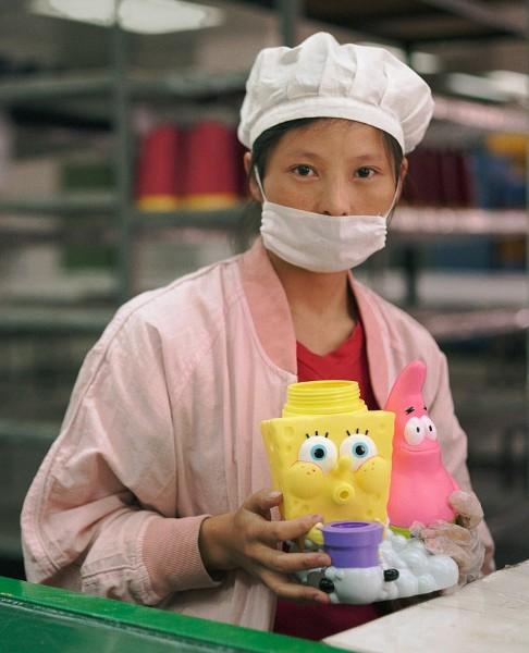 03-toy-factory-portraits.jpg.h600