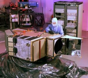 Landsat_7_ETM_instrument